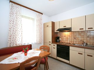 Nice 1 bedroom Fugen Apartment with Internet Access - Fugen vacation rentals
