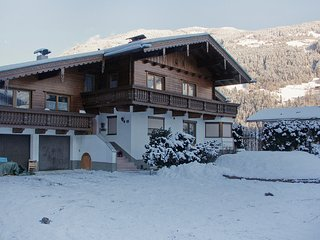 Beautiful Condo with Television and Balcony - Aschau im Zillertal vacation rentals