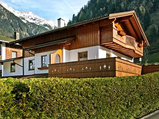 Beautiful 1 bedroom Apartment in Mayrhofen with Internet Access - Mayrhofen vacation rentals