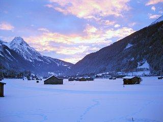 Beautiful 2 bedroom Apartment in Pettneu am Arlberg - Pettneu am Arlberg vacation rentals