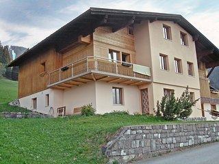 Beautiful 1 bedroom Tschagguns Apartment with Balcony - Tschagguns vacation rentals