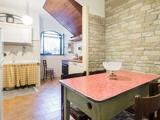 Nice House with Internet Access and Washing Machine - Spoleto vacation rentals
