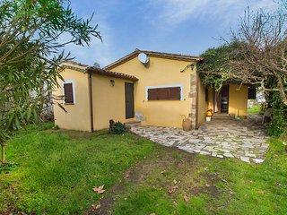 Comfortable 2 bedroom Lake Bolsena House with Television - Lake Bolsena vacation rentals
