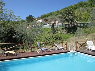 Beautiful 5 bedroom House in Rufina with Shared Outdoor Pool - Rufina vacation rentals
