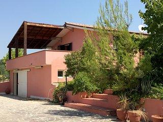 Beautiful 3 bedroom Vacation Rental in Città Sant'Angelo - Città Sant'Angelo vacation rentals