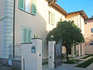 3 bedroom Condo with Internet Access in Forte Dei Marmi - Forte Dei Marmi vacation rentals