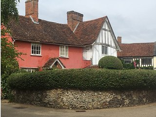 Charming medieval cottage in the heart of Lavenham - Lavenham vacation rentals