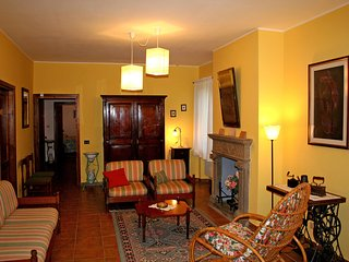 11 bedroom House with Internet Access in Valfabbrica - Valfabbrica vacation rentals
