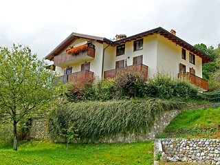 Beautiful Condo with Internet Access and Television - Molina di Ledro vacation rentals