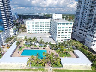 Studio in Miami Beach - Casablanca Resort - Coconut Grove vacation rentals