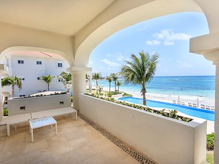 AMAZING OCEAN FRONT APARTMENT - Playa Paraiso vacation rentals