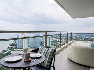 Dasiri Reflection Jomtien PREMIUM - Pattaya vacation rentals
