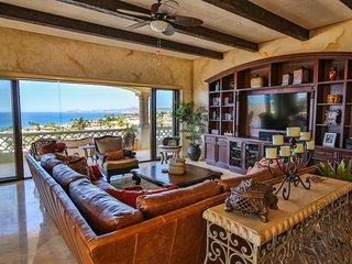 Beautiful 3BD condo in Beachfront Community - San Jose Del Cabo vacation rentals