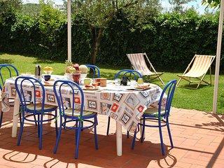 Bright 5 bedroom House in Castellonorato - Castellonorato vacation rentals