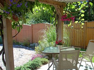 Kairos Guest Suite ~ Your personal retreat in Comox - Comox vacation rentals