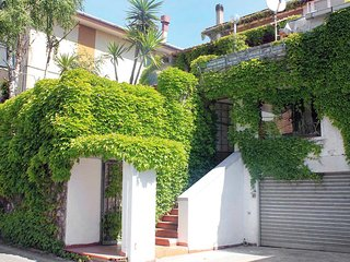 Beautiful 3 bedroom Amalfi Condo with Internet Access - Amalfi vacation rentals
