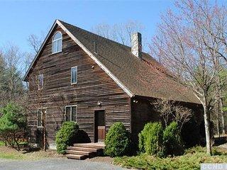 Woodland House - sleeps 10 in luxury - Rhinebeck vacation rentals