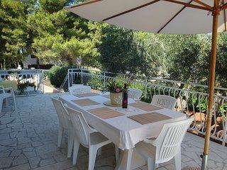 Adorable 4 bedroom Condo in Mirca with Television - Mirca vacation rentals