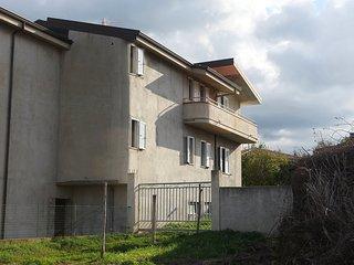 Comfortable 1 bedroom Condo in Santa Maria di Ricadi with A/C - Santa Maria di Ricadi vacation rentals