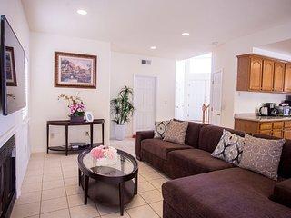 Luxious 5 beds 3 baths Disneyland home - sleep 15 - Santa Ana vacation rentals