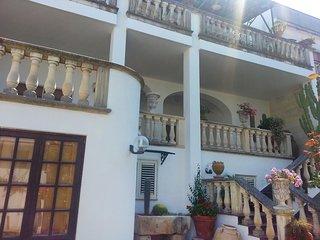 Comfortable 3 bedroom Castro Apartment with Television - Castro vacation rentals