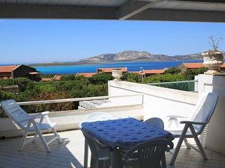 Cozy 2 bedroom Asinara House with Television - Asinara vacation rentals