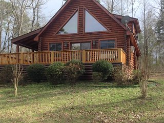 Nice Lodge with Deck and Television - Glenwood vacation rentals