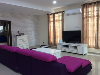 Cozy family room in central Melaka - Melaka vacation rentals