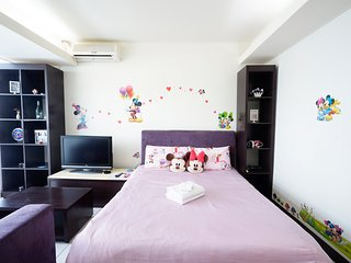 Taichung City 逢甲 一中 旅宿 ★米奇米妮房★ - Taichung vacation rentals
