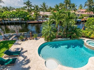 MARIETTA, an exquisite SALTY BUNGALOW: waterfront, ocean access, clean & green - Fort Lauderdale vacation rentals