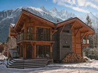 Lovely 6 bedroom Chamonix (les Tines) Villa with Internet Access - Chamonix (les Tines) vacation rentals