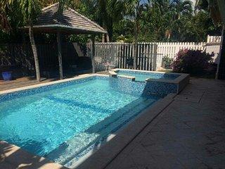 B&B   in Luxury villa Bedroom sea view and terrace - Simpson Bay vacation rentals