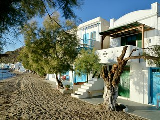 Charming Klima vacation House with Boat Available - Klima vacation rentals