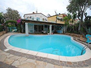 Bright 4 bedroom Vacation Rental in Bari Sardo - Bari Sardo vacation rentals