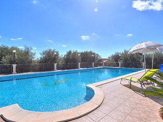 Cozy 2 bedroom Floridia House with A/C - Floridia vacation rentals