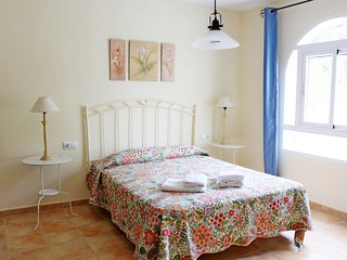 Perfect 1 bedroom Condo in Chiclana de la Frontera - Chiclana de la Frontera vacation rentals