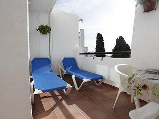 Bonito apartamento con jacuzzi - Arroyo de la Miel vacation rentals