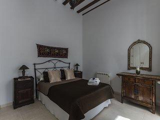 Casa del Siglo XVIII a 5` de la Playa - Cadiz vacation rentals