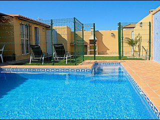 Cozy House with Private Indoor Pool and Microwave in Conil de la Frontera - Conil de la Frontera vacation rentals