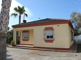Perfect 2 bedroom House in Chiclana de la Frontera with Television - Chiclana de la Frontera vacation rentals