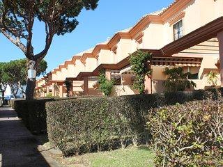2 bedroom House with Shared Outdoor Pool in Novo Sancti Petri - Novo Sancti Petri vacation rentals
