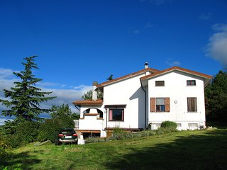Beautiful 4 bedroom Salsomaggiore Terme House with Television - Salsomaggiore Terme vacation rentals