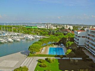 Beautiful Condo with Balcony and Parking - Aprilia Marittima vacation rentals