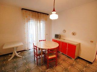 Nice 1 bedroom Lignano Sabbiadoro Condo with Balcony - Lignano Sabbiadoro vacation rentals