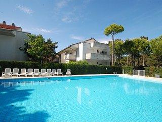 Comfortable Condo with A/C and Shared Outdoor Pool - Lignano Sabbiadoro vacation rentals
