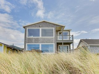 Spacious, dog-friendly home with a spectacular oceanfront view! - Rockaway Beach vacation rentals