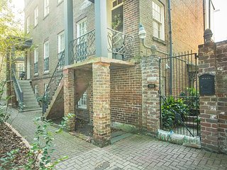 Perfect historic home for a family on vacation - Savannah vacation rentals