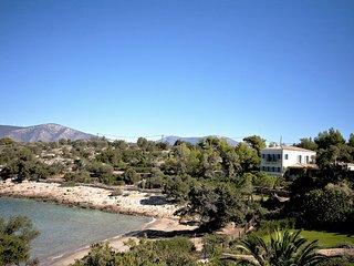 BeachFront  Electra Villa with Tennis Court. - Port Heli vacation rentals