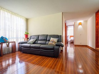 !NEW! FREE PICK UP SERVICE&FRONT TO TRANSPORT STOP - Bogota vacation rentals