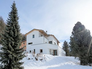 Nice House with Internet Access and Television in Pontresina - Pontresina vacation rentals